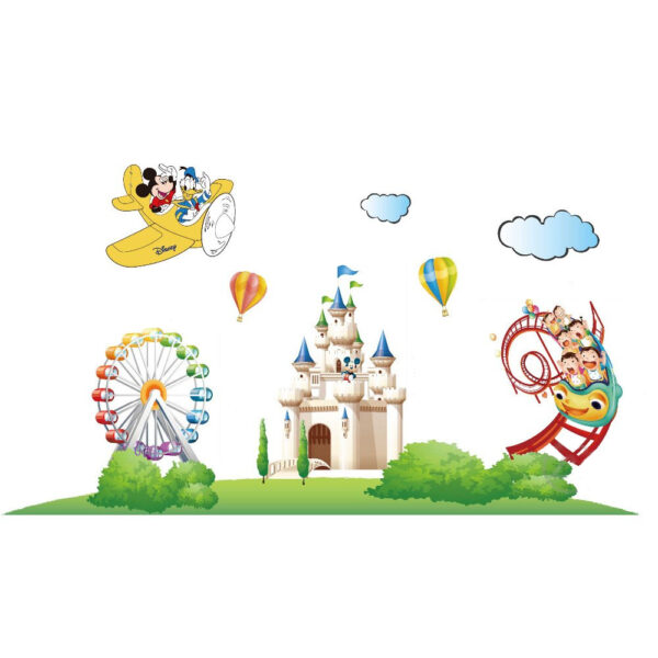 Sticker decorativ Giftify Happy Park cu Mickey Mouse si personaje Disney
