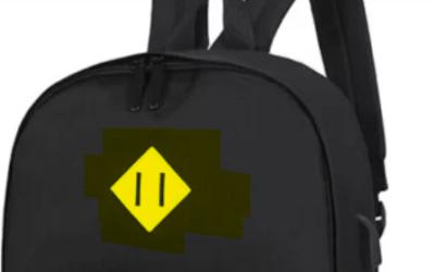 La ce ajuta insigna aceea in forma de romb de pe rucsac, cu doua liniute înăuntru?